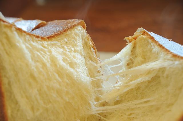 XO食パン断面